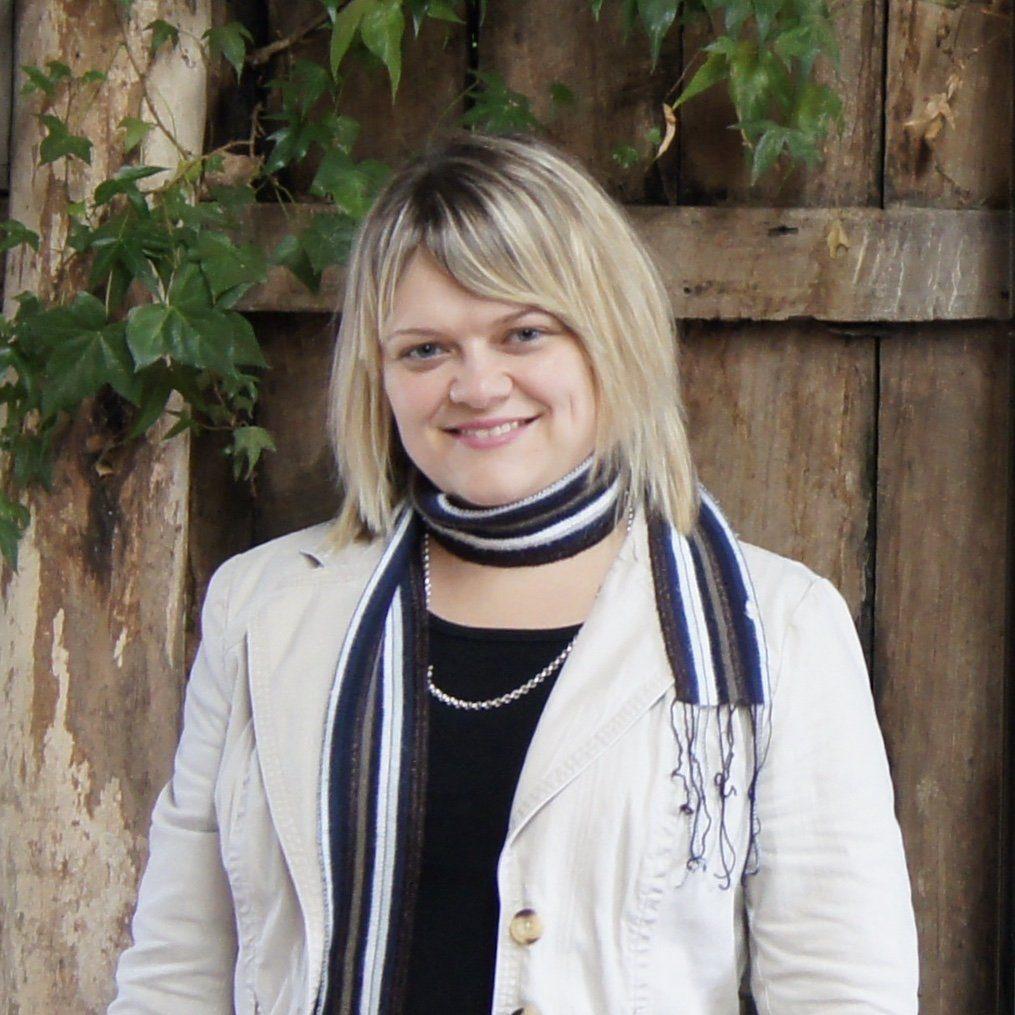 Lara Russell